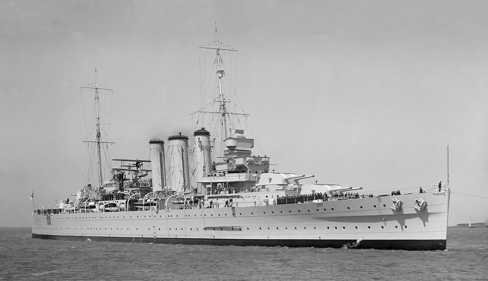 HMAS Australia, c. 1937. (Source: Wikimedia)