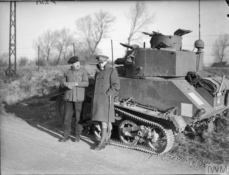 The Canadian C-in-C, Major General McNaughton (right) with a Royal Tank Regiment officer and a Light Tank Mk VI, 11 January 1940. (Source: © IWM (F 2112))