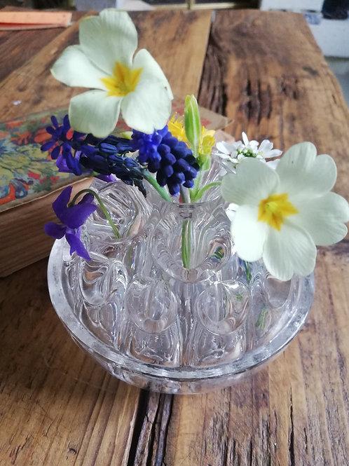 Pique fleurs ancien