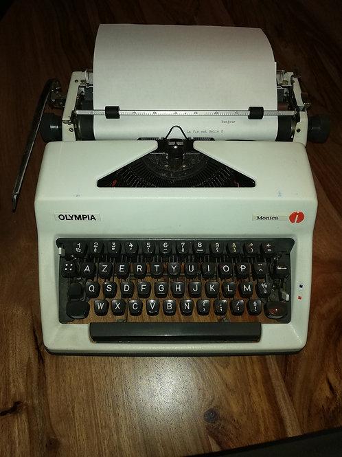 Machine à écrire 1970