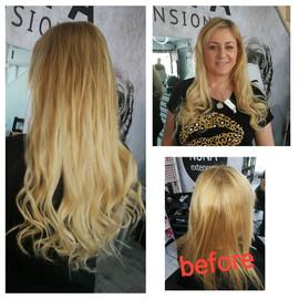 לפני ואחרי חיבור תוספת שיער בלונדיני