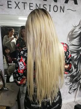 תוספות שיער בהיר