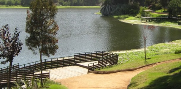 Parque Laguna Sausalito (20 min)