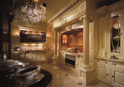 Kitchen-design-ideas-with-luxury-cabinet-and-lighting