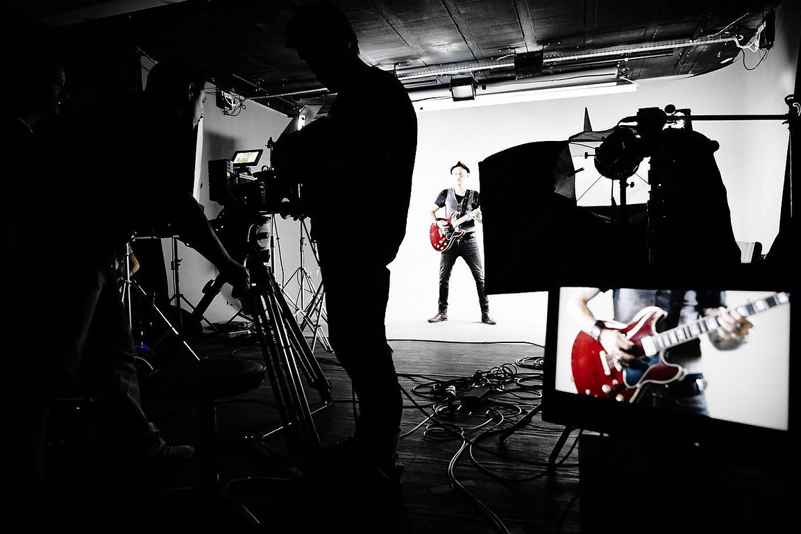 Studio, elvisgygi, demi-mondaine, enchanteur, clip, tournage, elvis, gygi