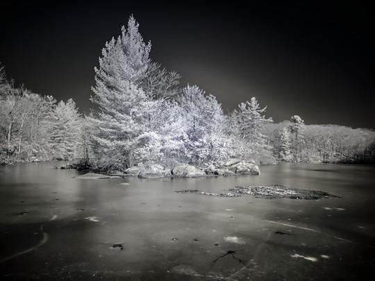 Frozen - Robert Thomas
