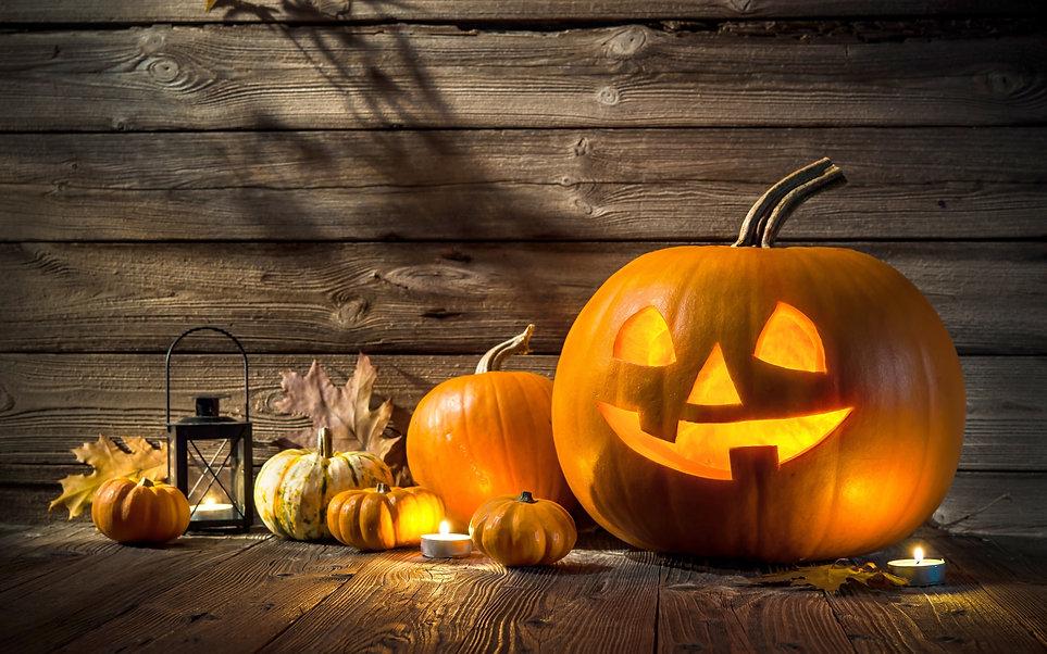 halloween-scene_alexanderrathsss.jpg