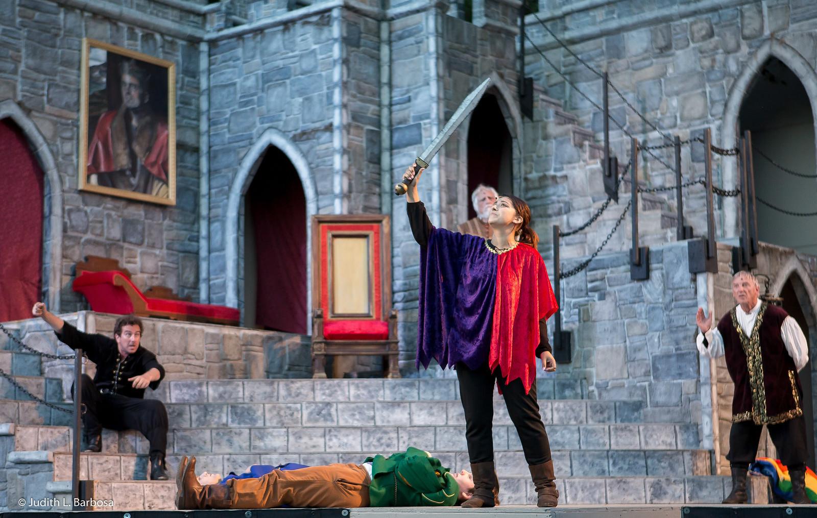 Legacy Theatre Hamlet-jlb-07-31-18-6015w