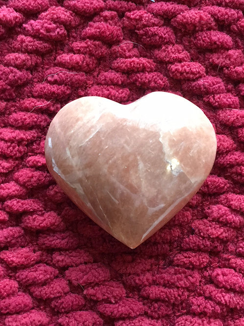 Madagascar Creme Pink Heart