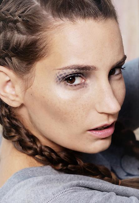 Fashion Make-up, Beauty Make-up, Professionelle Stylistin für Film und Foto Produktionen, Make-up Artist Nicole Schmitt in Raesfeld Kreis Borken und NRW