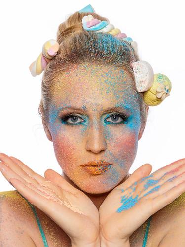 Make-up Mottoparty & Karneval, Kreatives Make-up, Visagistin, Fashion Make-up, Beauty Make-up, Professionelle Stylistin für Film und Foto Produktionen, Make-up Artist Nicole Schmitt in Raesfeld Kreis Borken und NRW