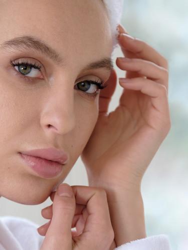 Beauty Make-up, Professionelle Stylistin für Film und Foto Produktionen, Make-up Artist Nicole Schmitt in Raesfeld Kreis Borken und NRW, Visagistin und Hairstylistin