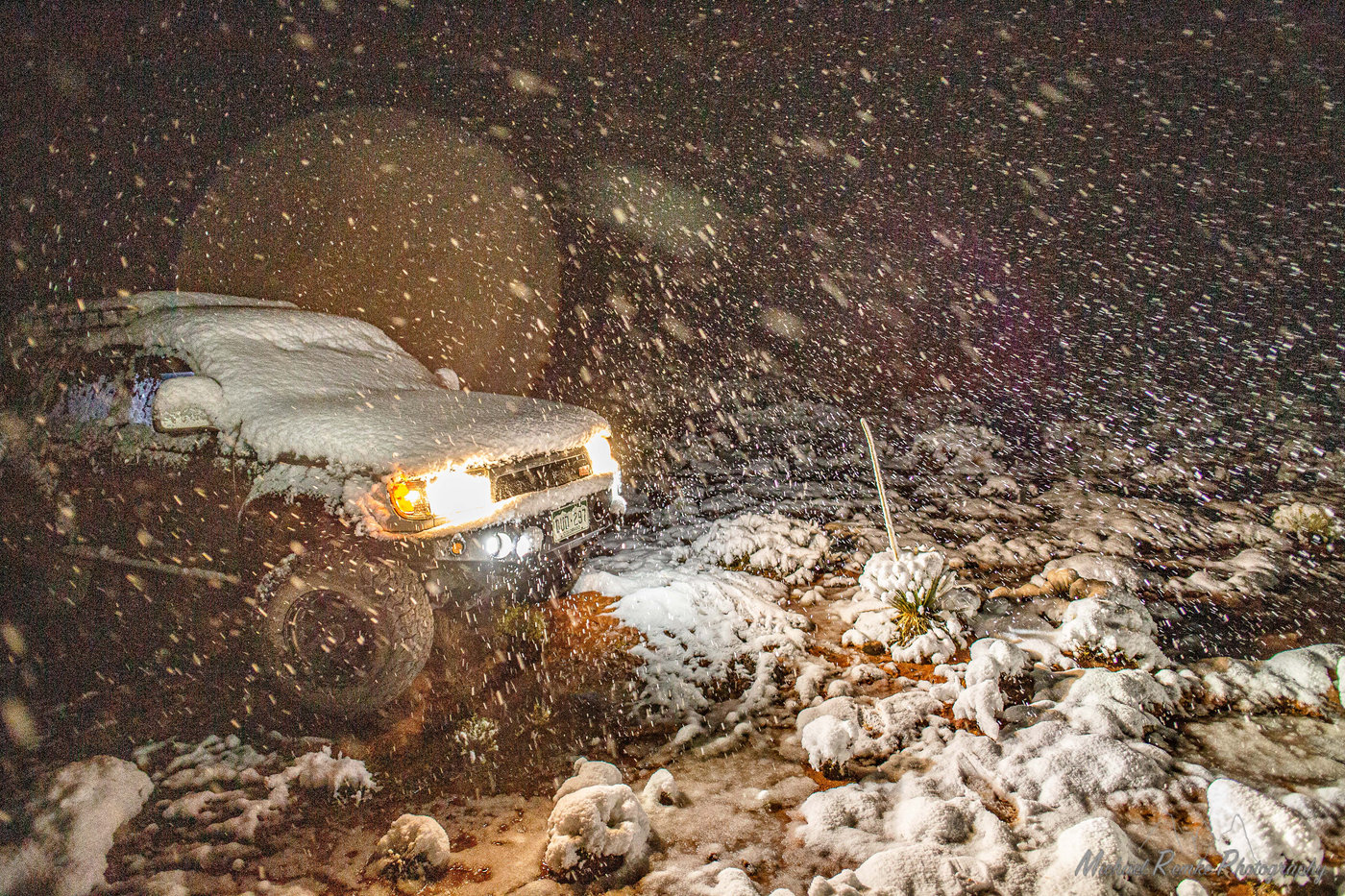 truck_snow-2.JPG
