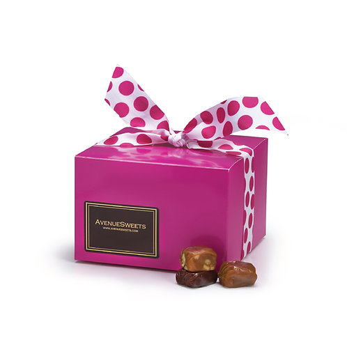 Spring Pink Gift Box - 1.5 lbs. (approx. 55 caramels)
