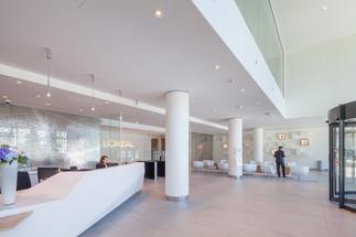 Le Nuovo International HQ L'Oréal Clichy-la-Garenne , France
