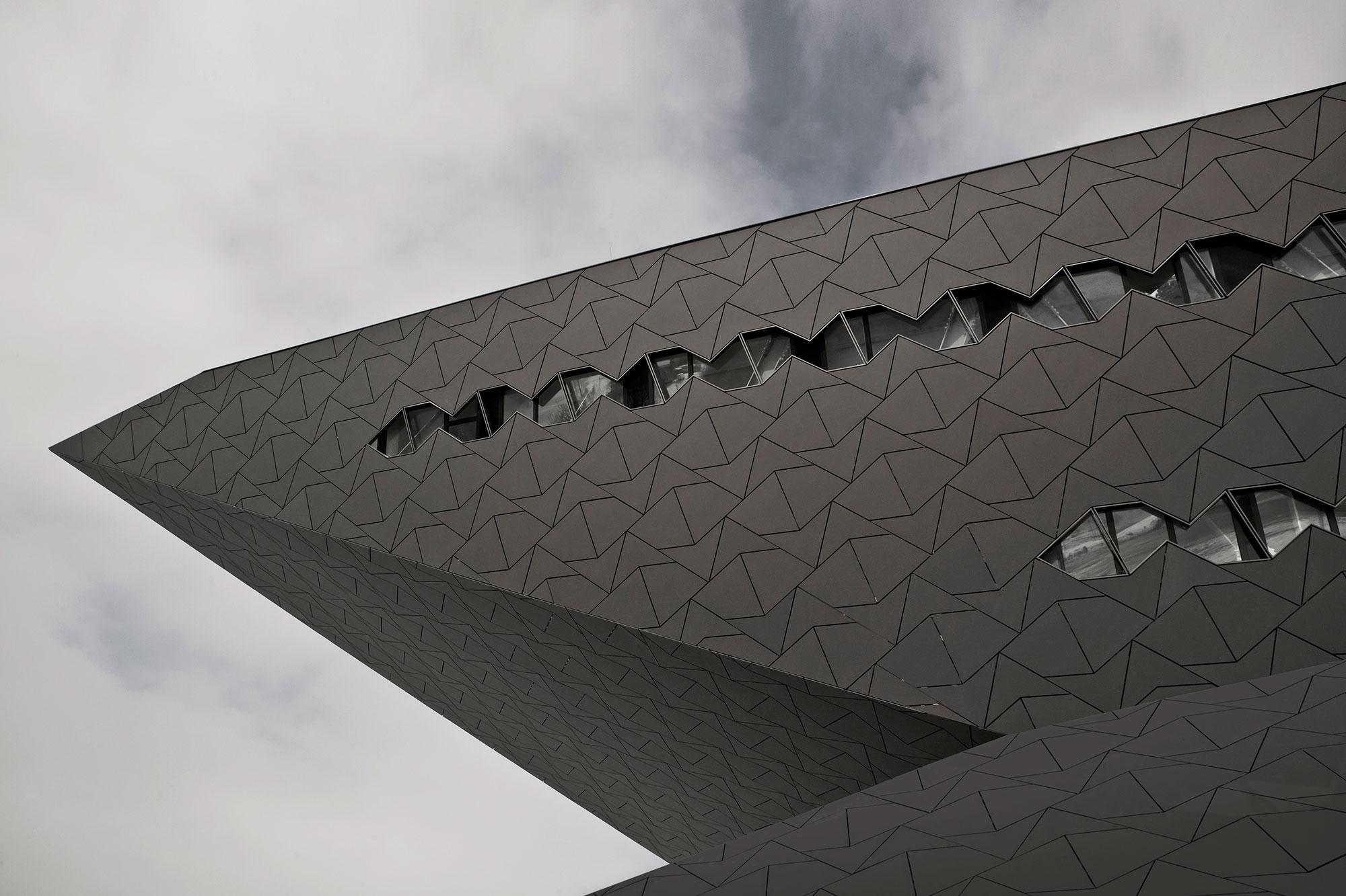 EQUITONE - hatschek fibre cement