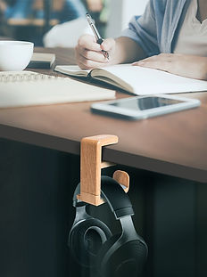 Peripower headphone holder