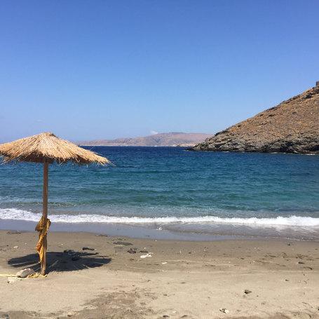Kythnos Yoga Retreat Lola Angual Beach.J