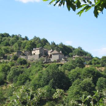PG vue du hameau.JPG