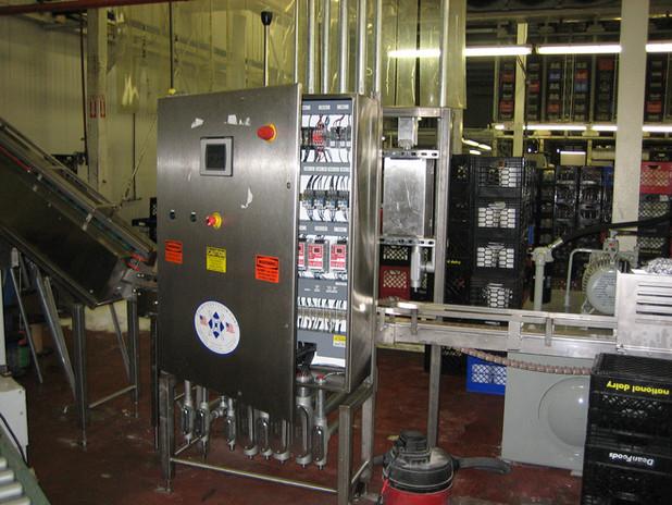 Meyer Dairy Bossy Cart 005.jpg