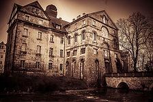 old_house.jpg