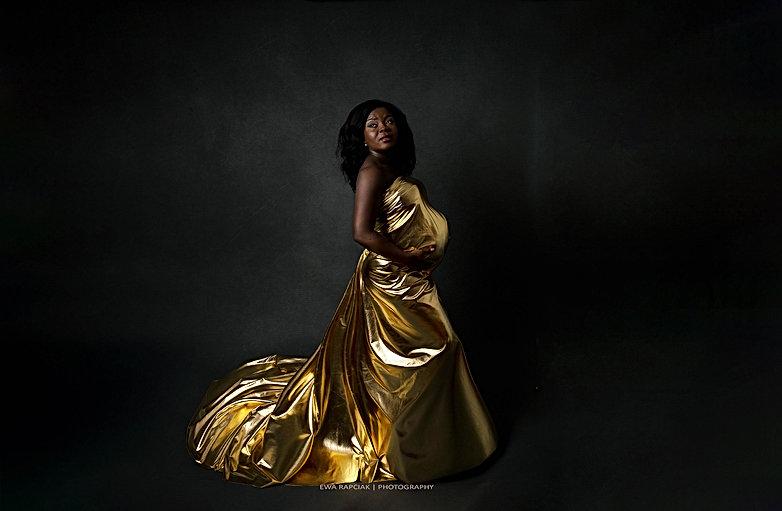 gold dress maternity photos