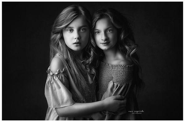 sisters portrait siblings photos Basingstoke Hook Reading
