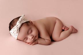 Newborn photos Basingstoke