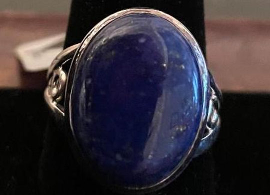 Oval Cabochon Blue Lapis Ring set in Sterling Silver. Size 11.5.