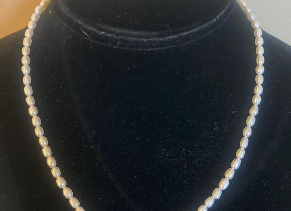 Choker Seed Pearl Necklace with 3 Malachite Beads
