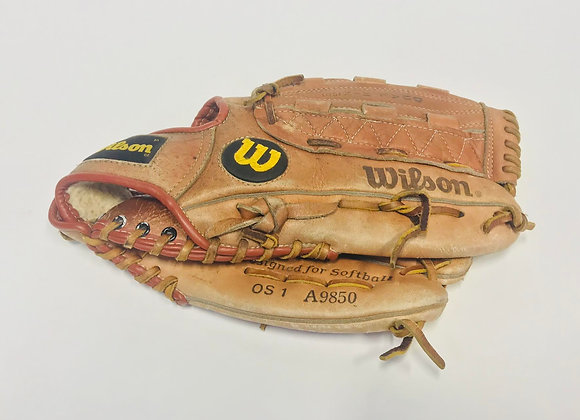 Wilson A9850 Softball/Baseball Glove