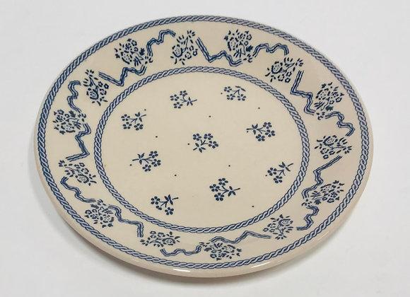 Set of Sixteen Petite Fleur Bread Plates