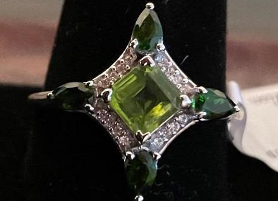 Sterling Silver Ring with Peridot and White Zircon (Size 12)