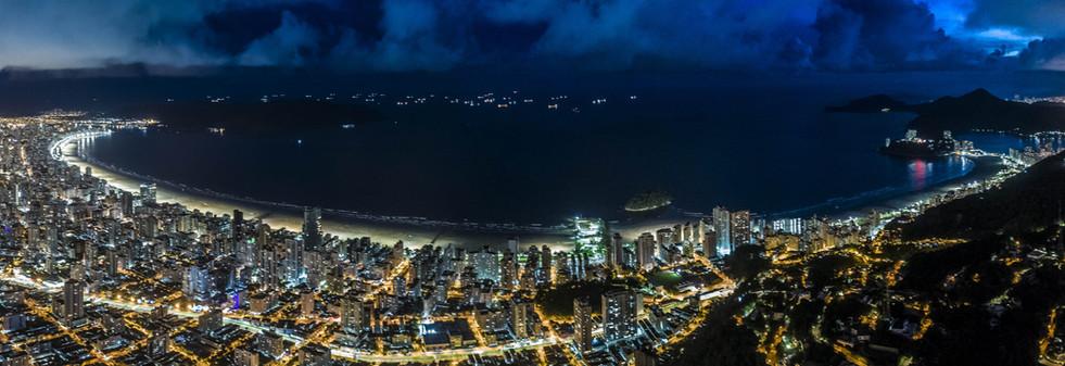 Baía de Santos Noturno