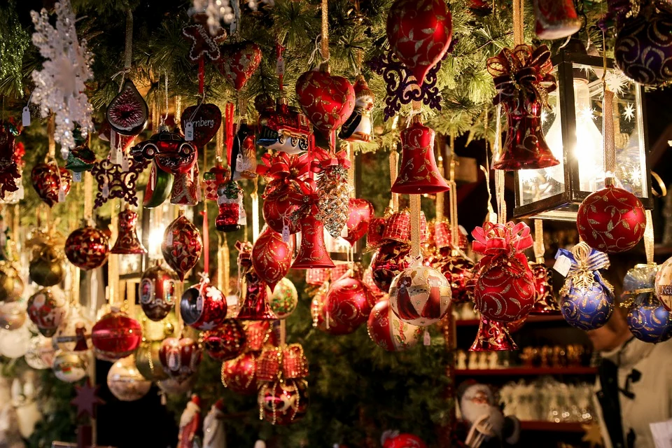 christmas-market-550323_960_720.webp
