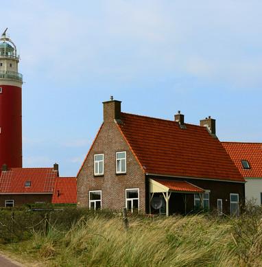 lighthouse-4775728_1280.jpg