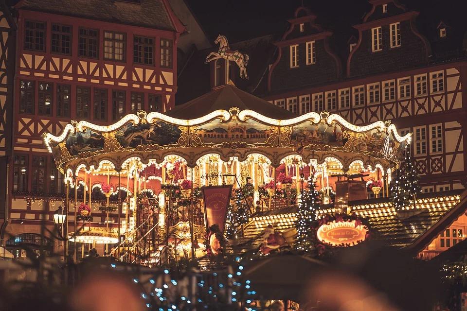 christmas-market-4705885_960_720.webp