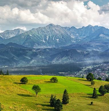 mountains-2535842_1280.jpg