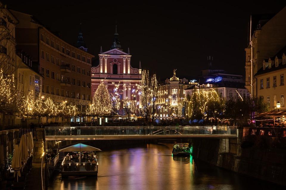 ljubljana-3855149_960_720.jpg