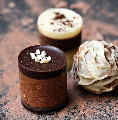 chocolates-1737503__480.jpg