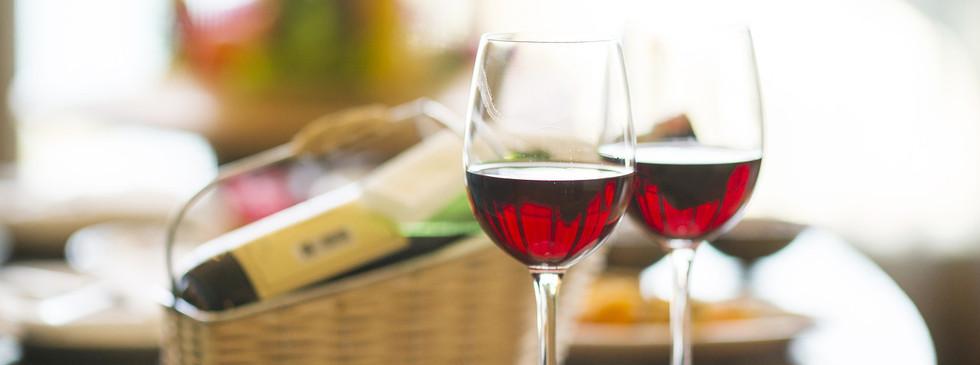 wine-1838132_1280.jpg