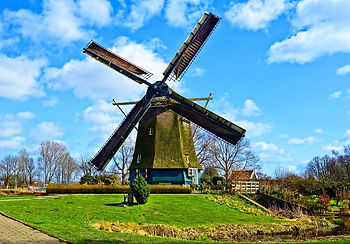 dutch-windmill-3294416_1280.jpg