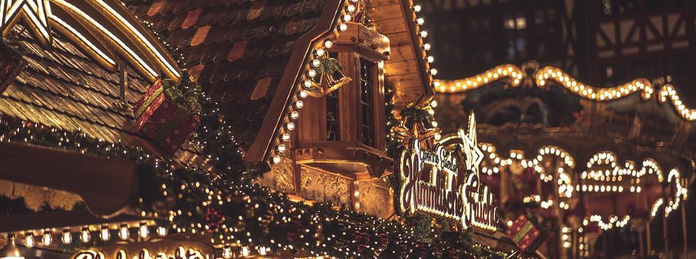 christmas-market-4705882_1280.jpg