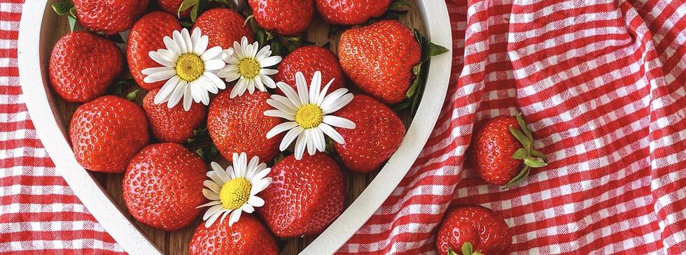 strawberries-5210753_1280.jpg