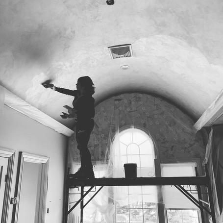Troweling Bathroom Curved Ceiling