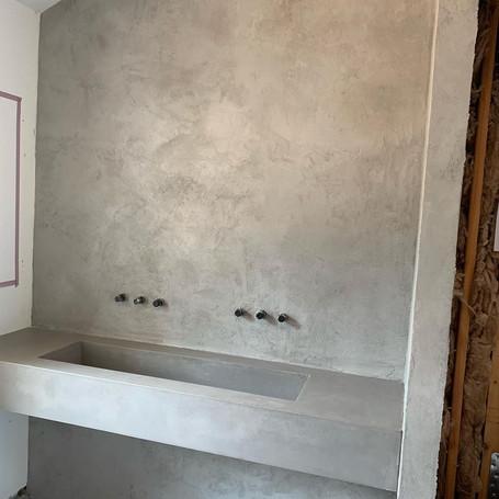 Poolhouse Concrete Indoor Sink