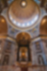 St-Peter-s-Basilica_Interior-view_7348.j
