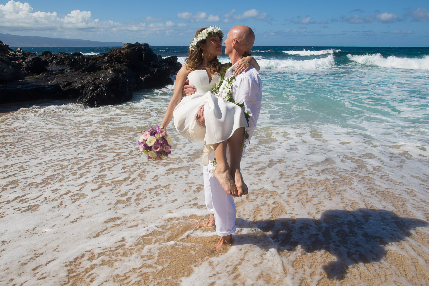 wedding photos on Oahu