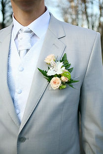 Wedding in Hawaii boutonniere