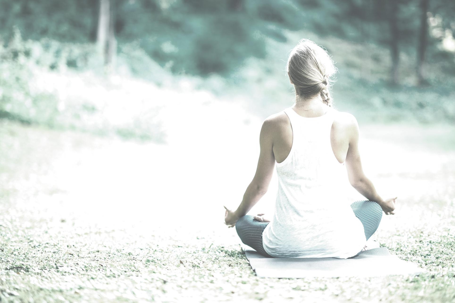 yoga blond back.png